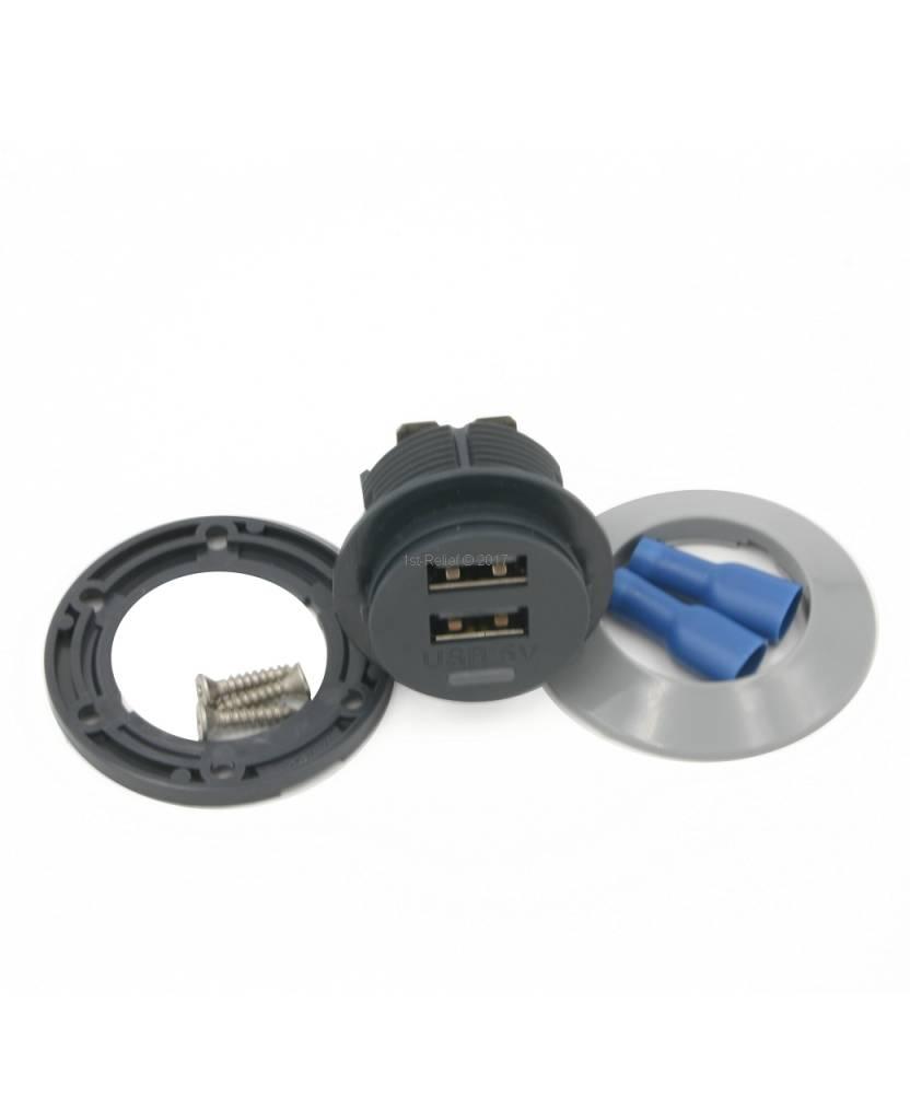 Alfatronix 12/24 VDC USB Cargador para Smartphones a bordo de un yate