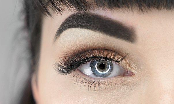 Hoe breng ik oogschaduw aan?