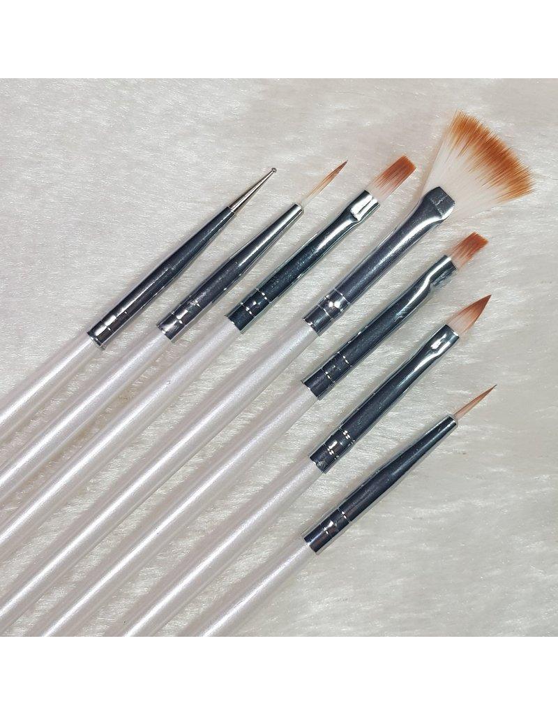 MPK Nails® Pinsel-Set mit Spot Swirl, 7teilig / weiß