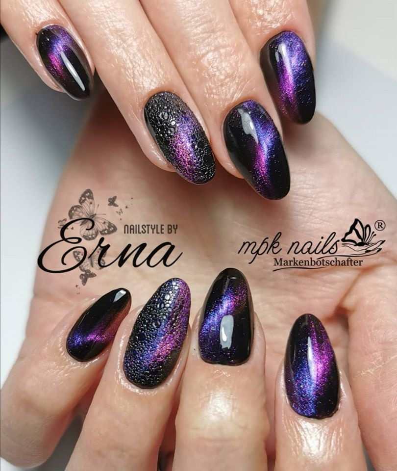 Magic Bubble Nails mit 5D Cat Eye Gelen