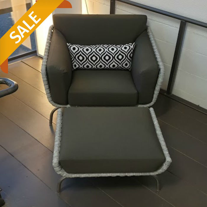 Luton loungestoel met hocker