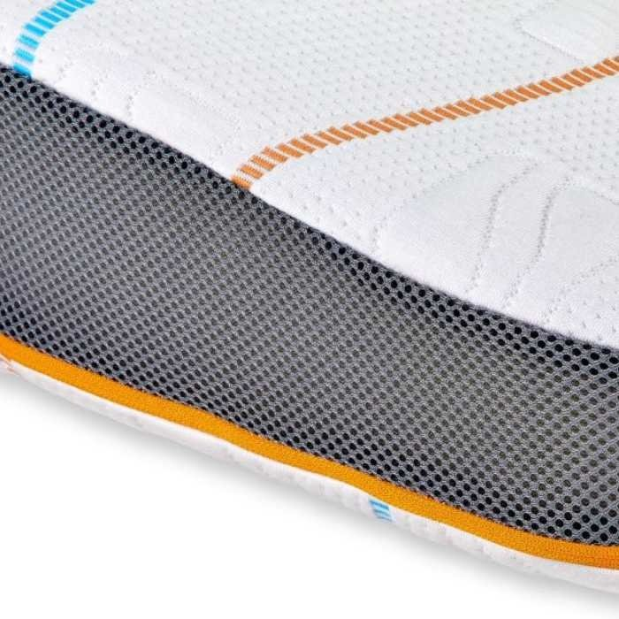 Het unieke M line Athletic Pillow