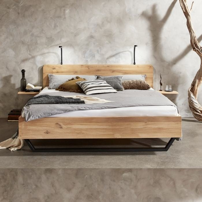 Mine solid oak bed