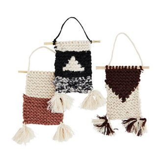 Madam Stoltz Knitted wall deco Off white