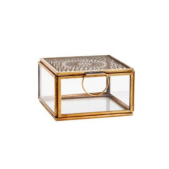 Madam Stoltz Squared glass box with cravings - antique brass 9,5 x 9,5