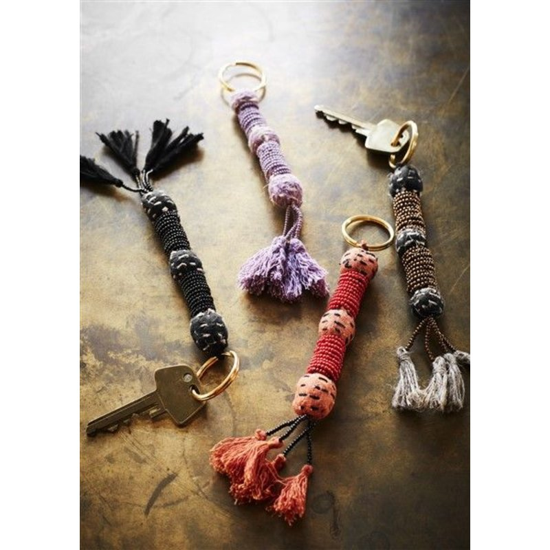 Madam Stoltz-collectie Beaded keychain w/ tassels