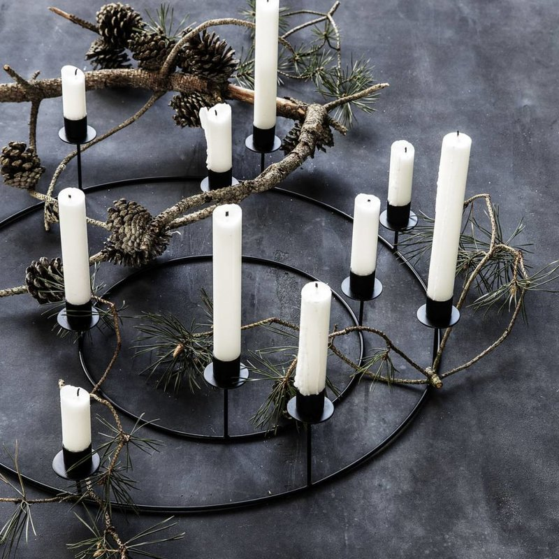 House Doctor-collectie Candle stand ring for 8 candles - Black