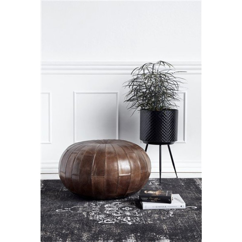 Nordal-collectie INDIAN black metal planters w. legs, S