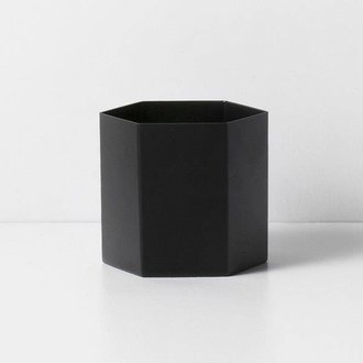 ferm LIVING Pot Hexagon zwart -L-
