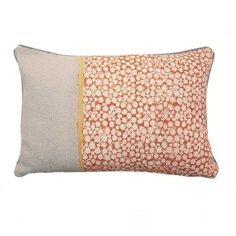 E|L by DEENS.NL-collectie Kussenhoes KATO  stippenprint roze