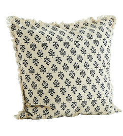 Madam Stoltz-collectie Cushion cover w/ fringes - Copy