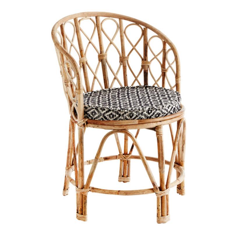 Madam Stoltz-collectie Bamboe stoel met velvet kussen zwart wit kussen