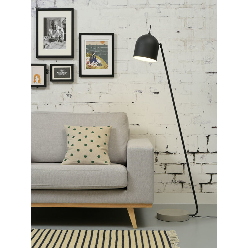it's about RoMi-collectie Floor lamp iron/concrete base Madrid, black