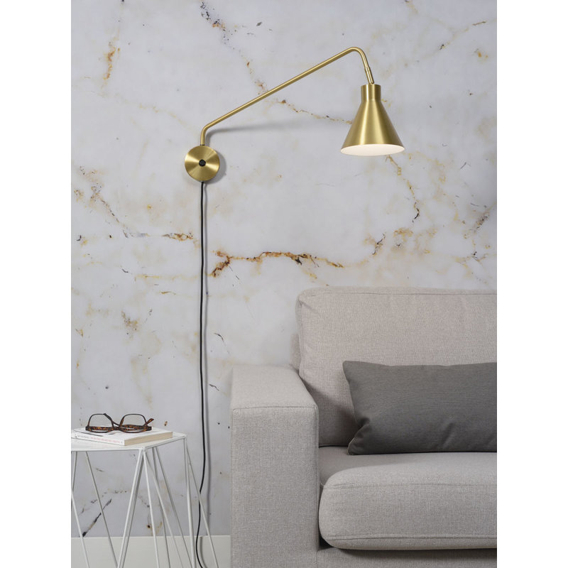 it's about RoMi-collectie Wall lamp iron Lyon, gold