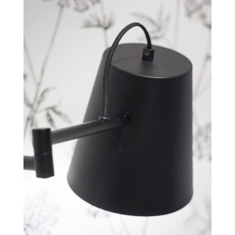 it's about RoMi-collectie Wall lamp iron Brisbane, black