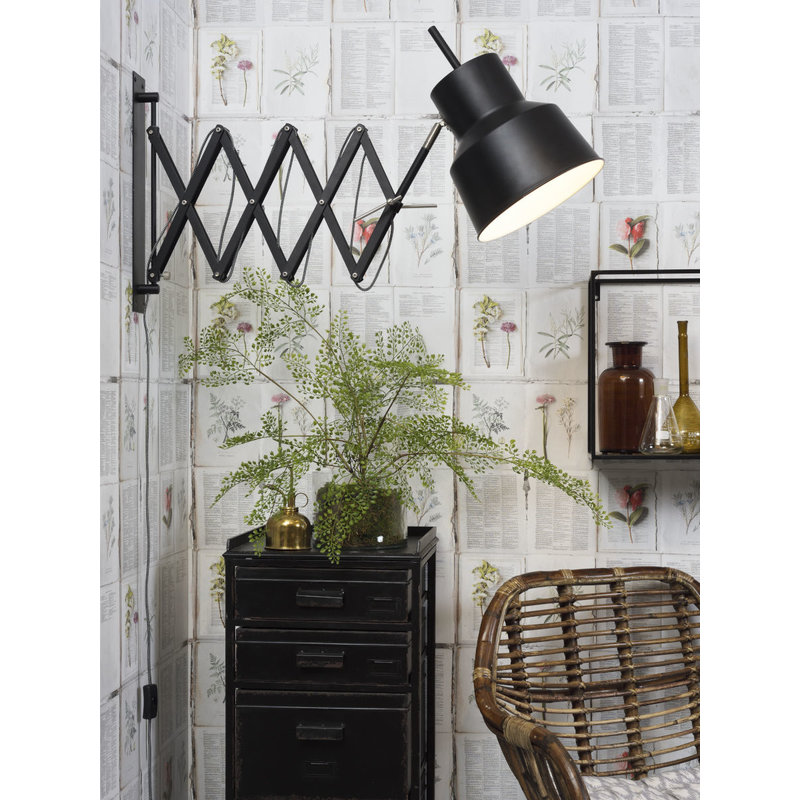 it's about RoMi-collectie Wall lamp iron/scissors Belfast, black