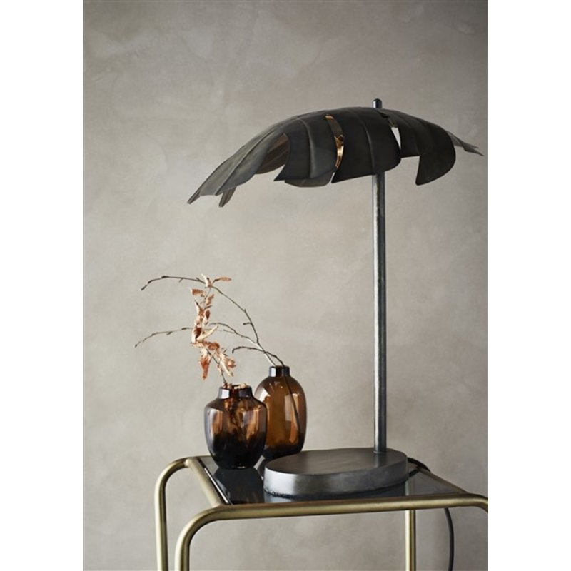 Madam Stoltz-collectie Iron table lamp