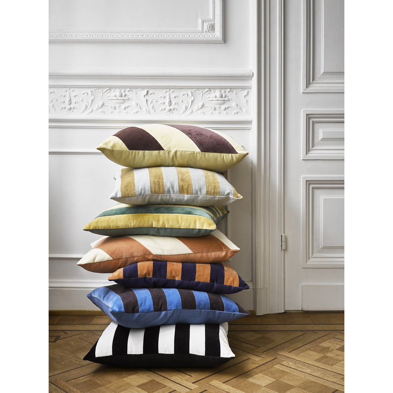 HKliving-collectie striped cushion velvet blue/orange (50x50)