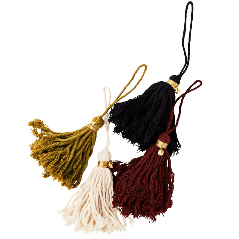 Madam Stoltz-collectie  Cotton tassels w/ bell - set 4