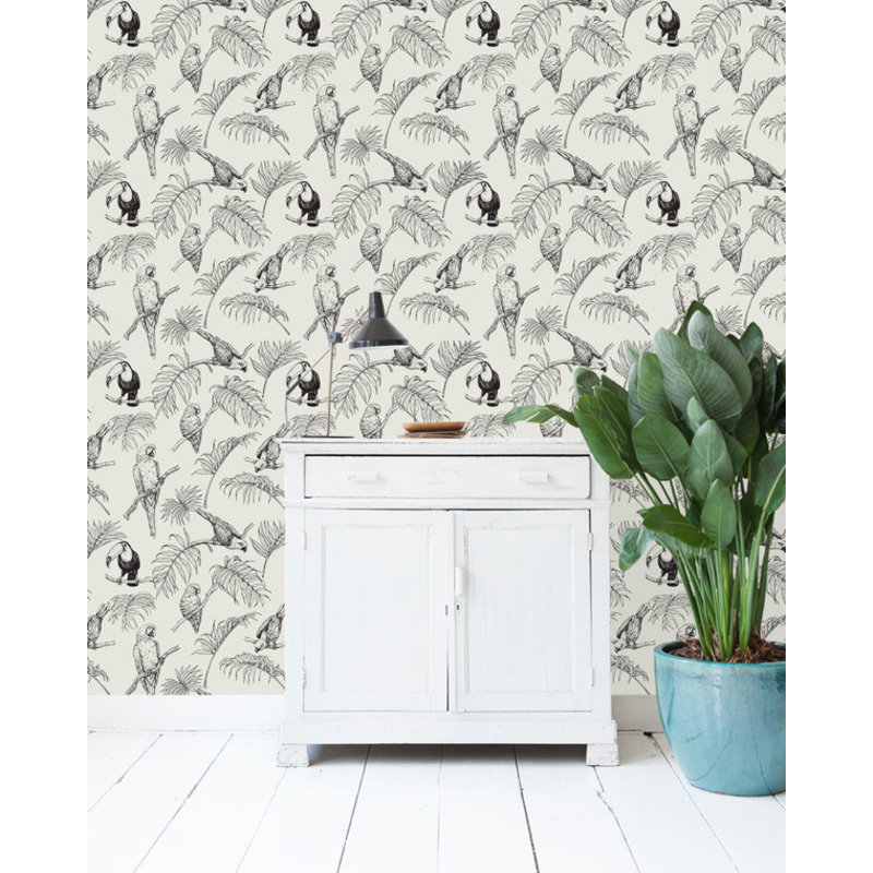 Creative Lab Amsterdam-collectie Tropical Tucan cream Wallpaper on roll