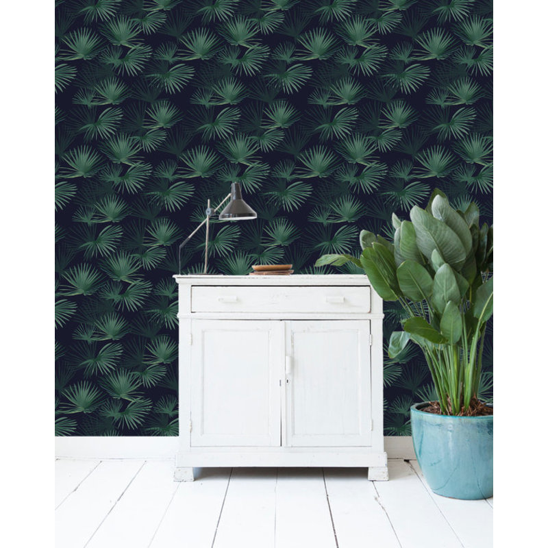 Creative Lab Amsterdam-collectie Palm Leaves Dark Green Wallpaper on roll