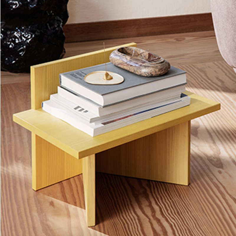 ferm LIVING-collectie Oblique Stool - Yellow Stained Ash