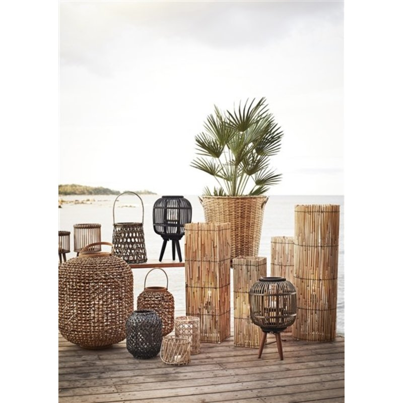 Madam Stoltz-collectie Squared standing reed lamps