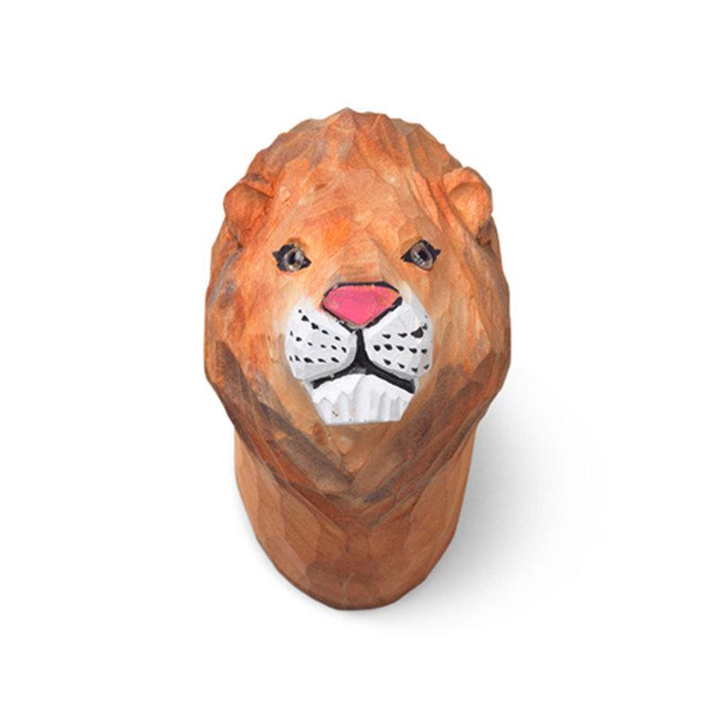 ferm LIVING-collectie Leeuw wandhaak hand carved