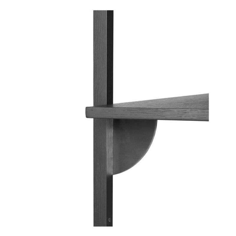 ferm LIVING-collectie Houten wandrek Sector Shelf S/N - zwart Ash-zwart Brass