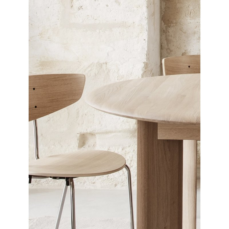 ferm LIVING-collectie Bevel Table - Round Ø117 - White Oiled