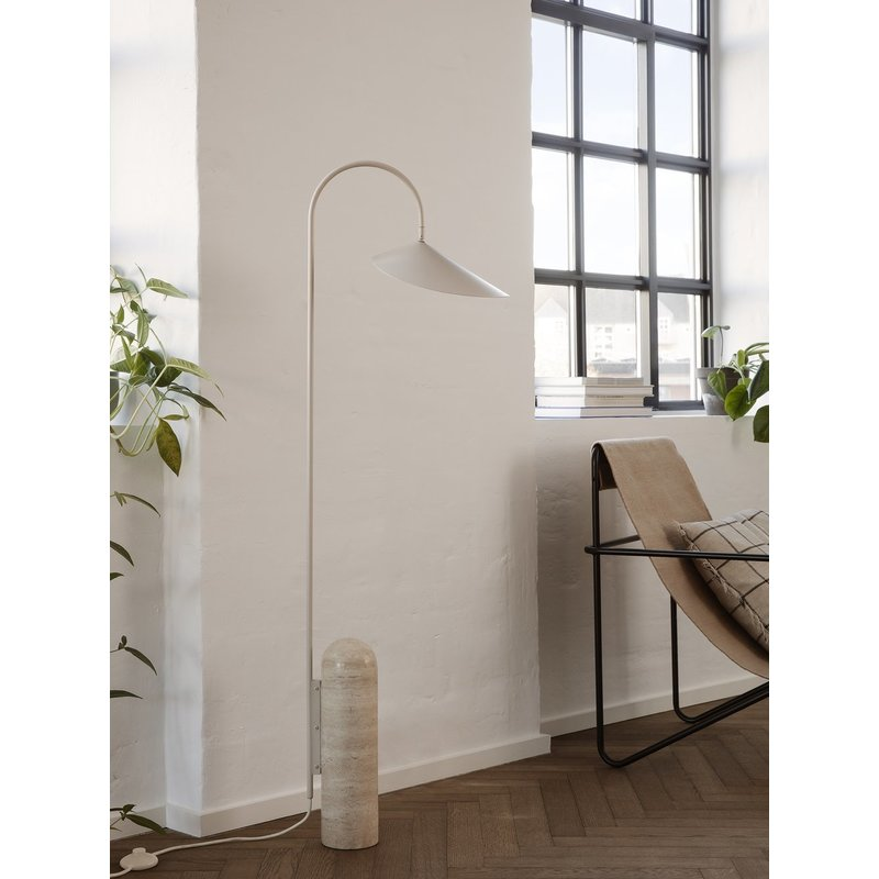 ferm LIVING-collectie Arum Floor Lamp - Cashmere