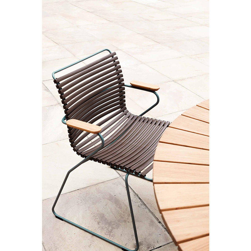 Houe-collectie CLICK Dining Chair with Armrests in bamboo dark brown