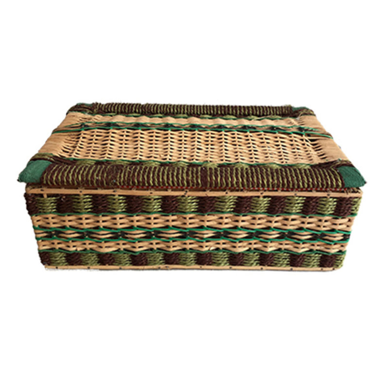 DEENS LOVES-collectie Vintage wicker basket with fabric inside