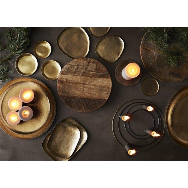 Madam Stoltz-collectie Oval iron trays w/ hammered pattern - Gold