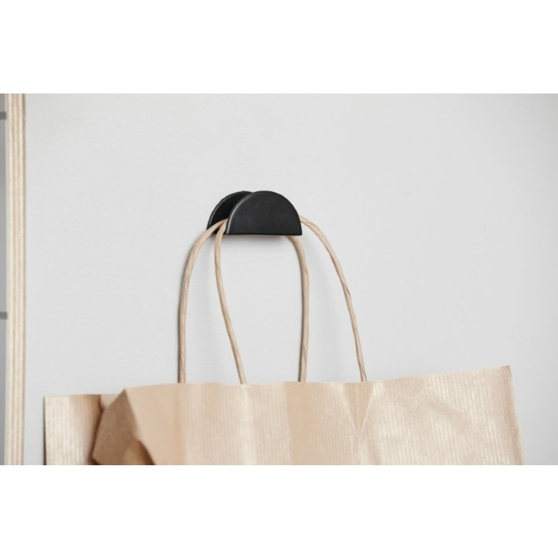 Nordal-collectie VIS hook, black semi-circle