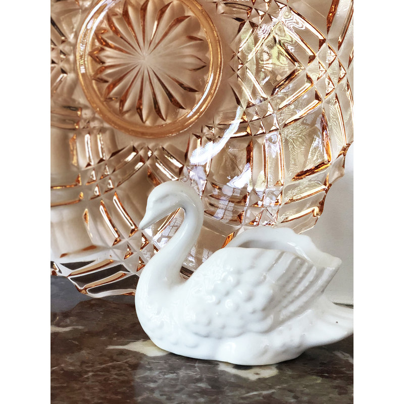 DEENS LOVES-collectie Vintage swan in white ceramic