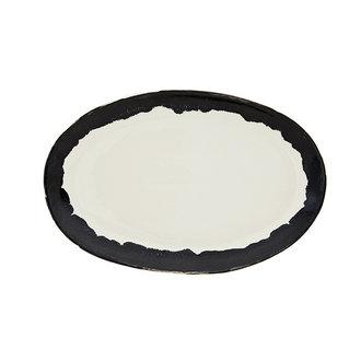 Madam Stoltz Oval stoneware plate