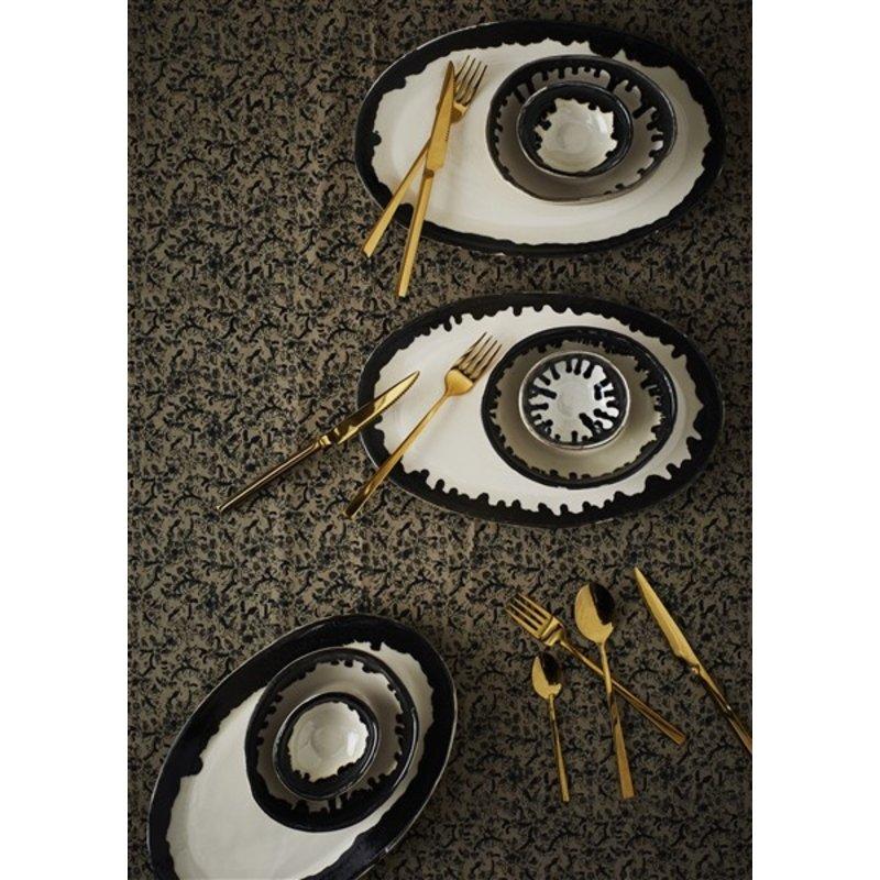 Madam Stoltz-collectie Oval stoneware plate