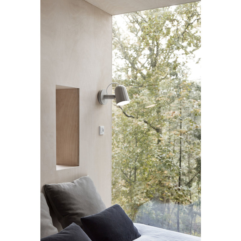 HAY-collectie Noc Wall Button Wandlamp gebroken wit