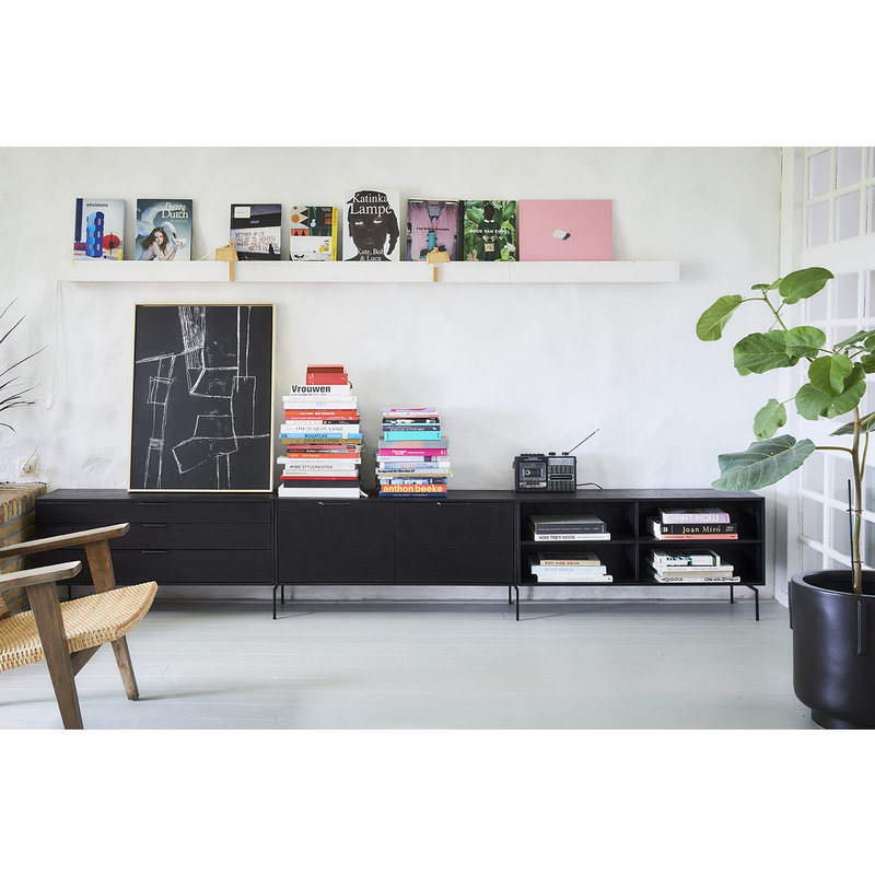 HKliving-collectie footed pot earthenware black