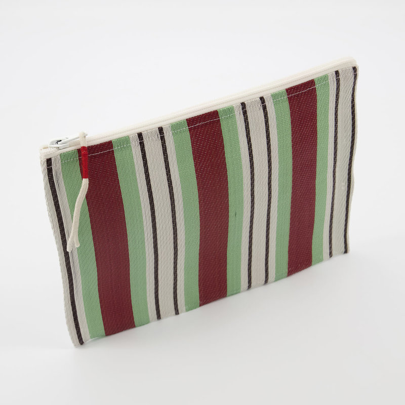 House Doctor-collectie House Doctor  Pouch Recy Red/Green Colour may vary l: 27 cm w: 20 cm