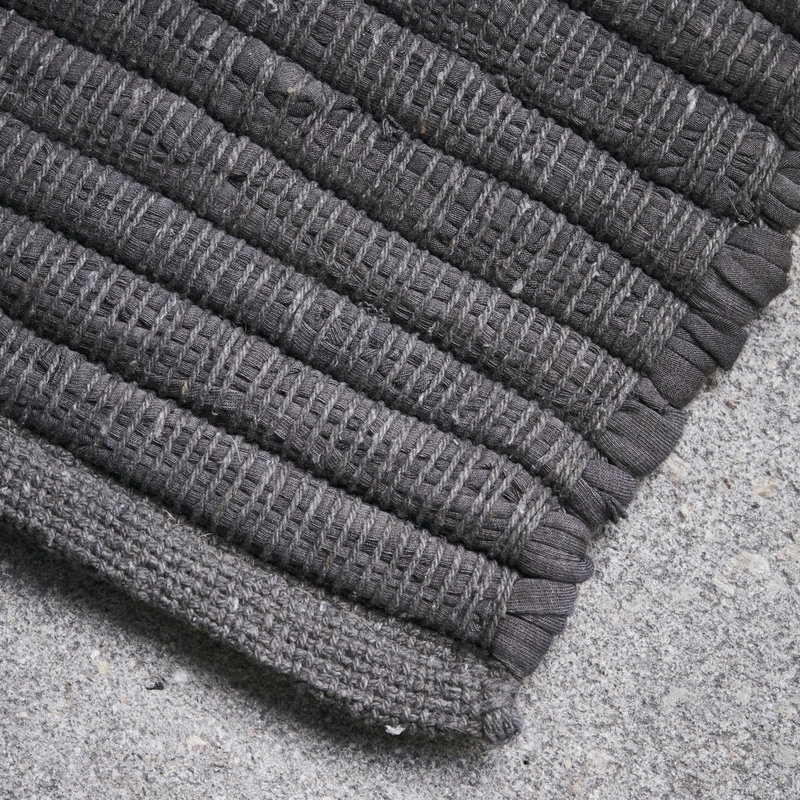 House Doctor-collectie House Doctor  Rug Chindi Grey Handmade Finish may vary 90x60