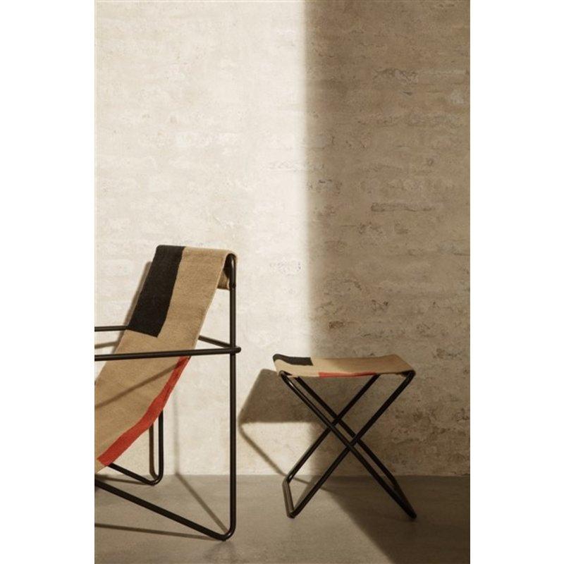 ferm LIVING-collectie Zitkrukje Desert - zwart/Block