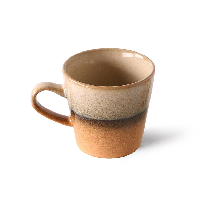 HKliving-collectie 70s ceramics: americano mug, tornado