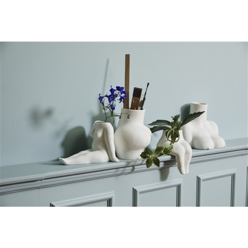 Nordal-collectie AVAJI sitting full body, vase, white