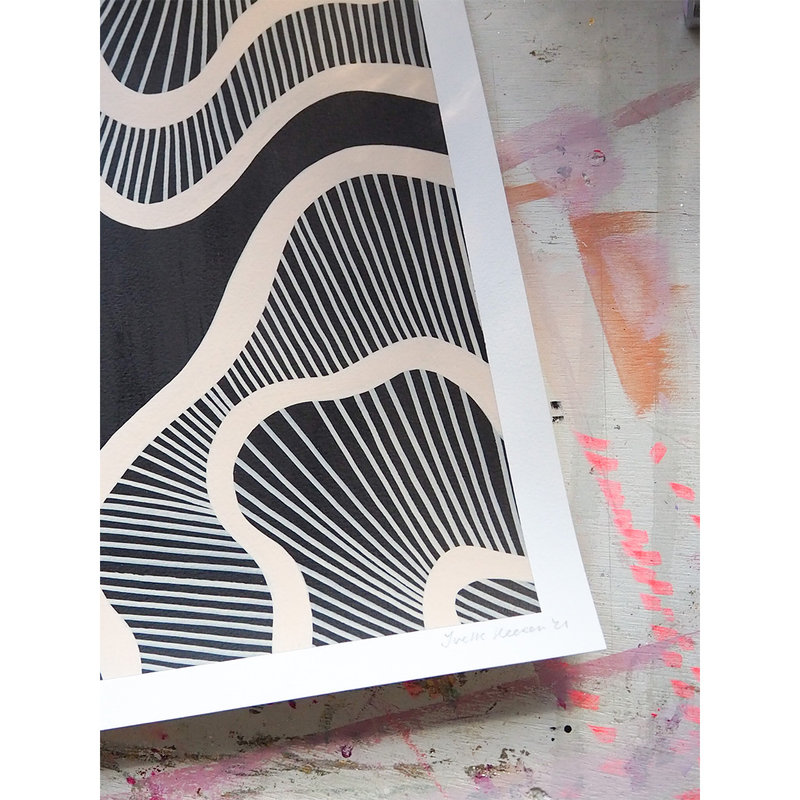 WHY-collectie Hyperspace black with wooden frame 70x100 cm