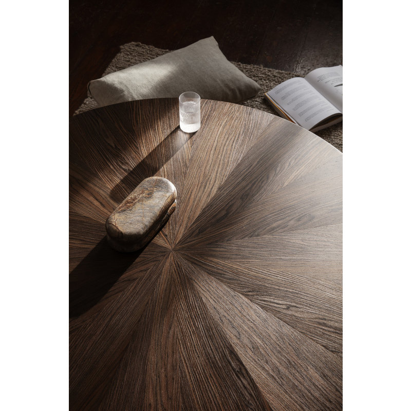 ferm LIVING-collectie Post Coffee Table S - Smoked Oak Star