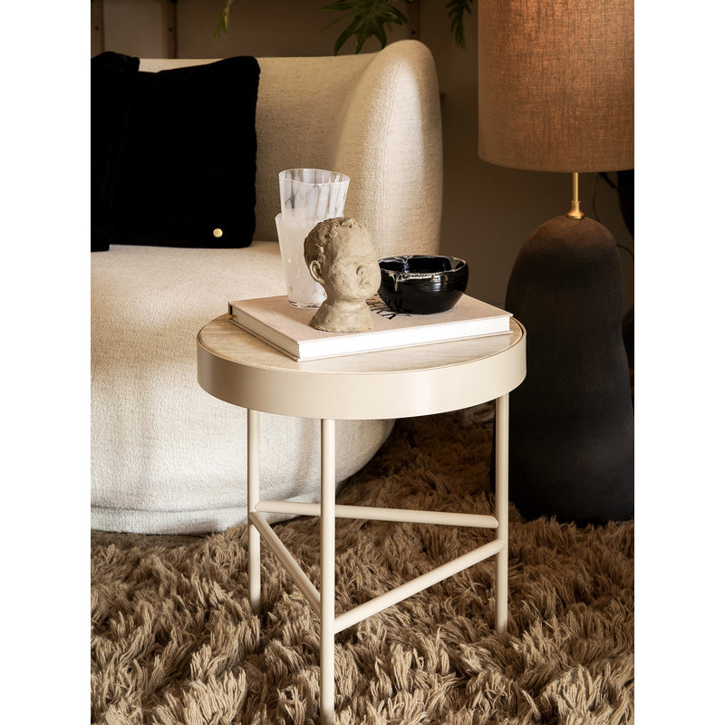 ferm LIVING-collectie Travertine Table - Medium - Cashmere