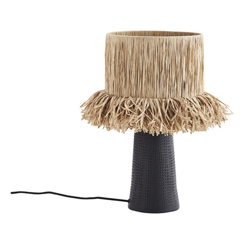 Madam Stoltz-collectie Tafellamp met raffia lampenkap en zwarte voet