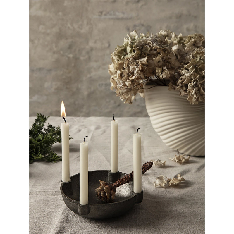 ferm LIVING-collectie Bowl Candle Holder - Black Brass - Small